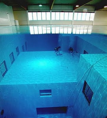 World S Biggest Deepest Swimming Pool Fried Junk