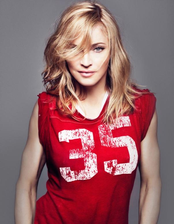 -Madonna-madonna-31732299-800-1032